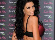 REPORTAGE PHOTOS : La gonflée Katie Price se déshabille... pour nous présenter sa lingerie !