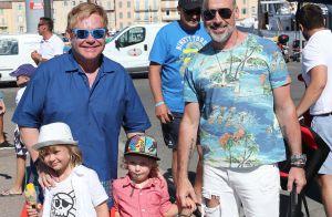 Elton John à Saint-Tropez : Shopping et détente en famille, la star resplendit