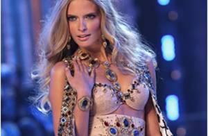 PHOTOS : Julia Stegner, la blonde sexy de Victoria's Secret se présente...