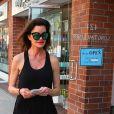 """""""Janice Dickinson se promène dans les rues de Beverly Hills. Le 5 février 2015"""""""