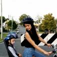 """""""Shaunyl Benson et son fils Johnny, qu'elle partage avec son ex Criss Angel. Photo publiée sur Instagram en septembre 2016. Le petit garçon se bat contre un cancer."""""""
