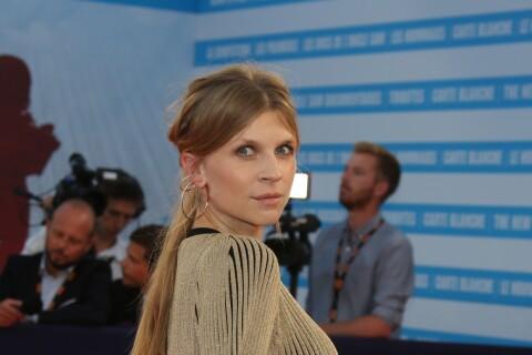 """Clémence Poésy enceinte : Elle révèle sa grossesse devant son ami """"Harry Potter"""""""