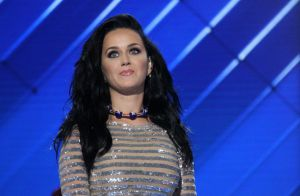 Katy Perry prête à chanter avec sa rivale Taylor Swift, à une condition...