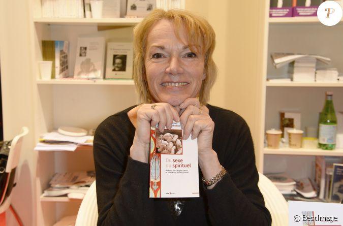 Brigitte lahaie la 34 me dition du salon du livre la for Salon creatif porte de versailles