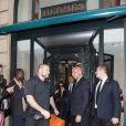 Pascal Duvier (garde du corps) - Kim Kardashian fait du shopping à Paris le 1er octobre 2016.