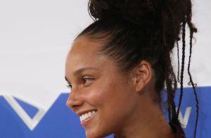 Alicia Keys sans maquillage : Ses secrets beauté révélés