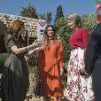 La reine Mathilde de Belgique et la reine Rania de Jordanie en visite à la Jordan River Foundation à Amman le 25 octobre 2016.