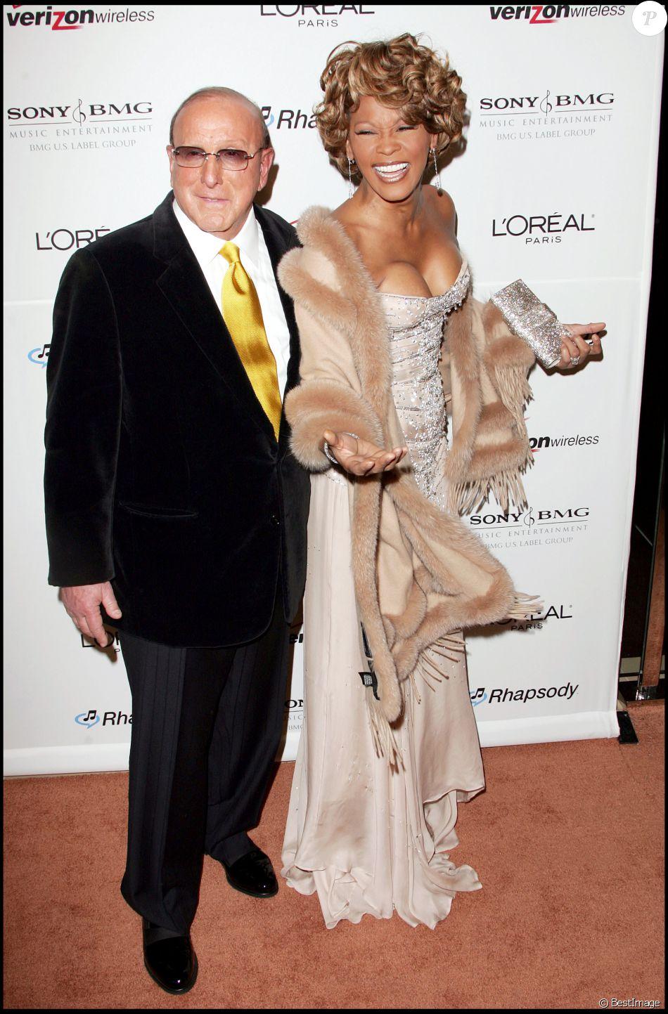 Clive Davis et Whitney Houston à la soirée pre-Grammy organisée à Beverly Hills le 10 février 2007 à Los Angeles.