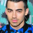 Joe Jonas assiste à la soirée de lancement de la collection Kenzo x H&M à New York le 19 octobre 2016.