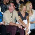 Sienna Miller assiste à la soirée de lancement de la collection Kenzo x H&M à New York le 19 octobre 2016.