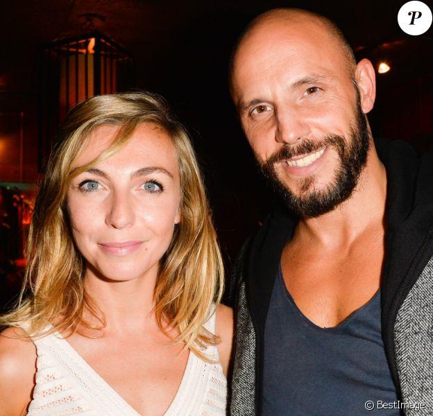 """Amélie Etasse et David Bàn à la soirée de lancement du livre """"L'art du bien-être dans ton coeur"""" d'Amélie Etasse au Buddha Bar à Paris, le 19 octobre 2016."""