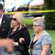 Maritza et Olga Fernandez, la mère et la grand-mère de Jose Fernandez, lors de ses obsèques le 29 septembre 2016 à Miami.