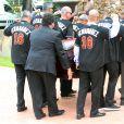 Image des obsèques, le 29 septembre 2016 à Miami, de Jose Fernandez, lanceur des Miami Marlins en MLB, qui a trouvé la mort à 24 ans dans un accident de bateau quatre jours plus tôt.
