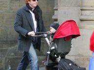 PHOTOS : Mick Hucknall, leader de Simply Red, un vrai papa poule !