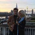 Pixie Lott annonce ses fiançailles avec  Oliver Cheshire sur Instagram le 13 novembre 2016.