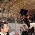"""Atmosphère - Soirée de lancement du livre """"SurVivant, Mes 30ans avec le sida"""" de Jean-Luc Romero-Michel au club Banana café à Paris. © Baldini/Bestimage"""