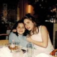 Lady Gaga publie une photo souvenir d'elle avec sa petite soeur Natali, sur sa page Instagram le 15 novembre 2016
