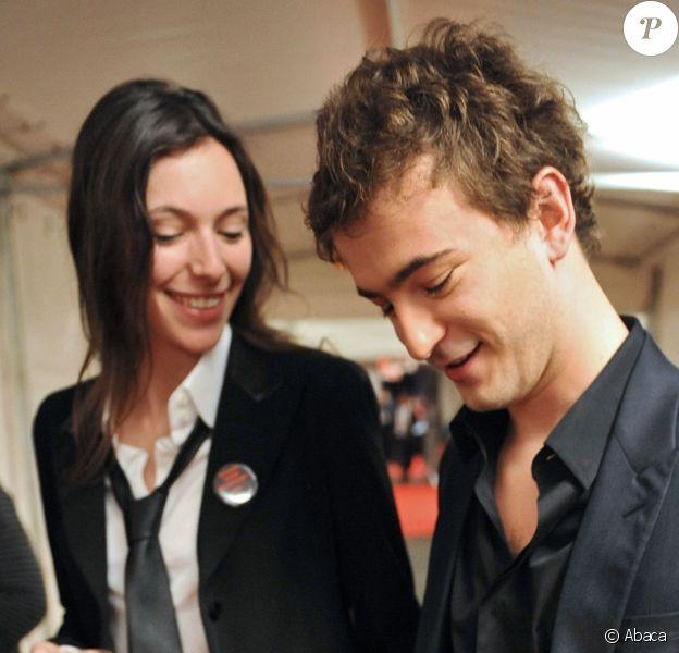 Renan Luce et Lolita Séchan lors des Victoires de la Musique, le 8 mars 2008 à Paris.