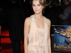 PHOTOS : La très sexy Keri Russell, n'a visiblement pas froid...
