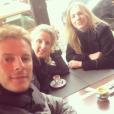 """""""Matthieu Delormeau et ses soeurs le 24 novembre 2016."""""""