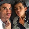 """""""Cristiano Ronaldo : Ses photos de 2016, pour le meilleur et pour le rire."""""""