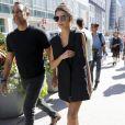 """Emily Ratajkowski à l'arrivée du défilé """"Vera Wang"""" lors de la fashion week de New York le 13 septembre 2016"""