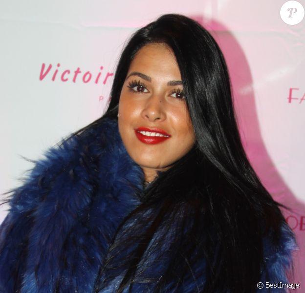 """Ayem Nour (présentatrice Mad Mag NRJ12 TV) lors de la soirée de lancement des produits cosmétiques """"L.A. Girl Paris"""" au 32 rue Faubourg Saint-Martin à Paris, France, le 26 novembre2016. © Baldini/Bestimage"""
