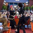 """Cara Delevingne et un des jumeaux des Twins lors du défilé Chanel """"Métiers d'Art 2016/2017"""" à l'hôtel Ritz à Paris le 6 décembre 2016. © Olivier Borde / Bestimage"""