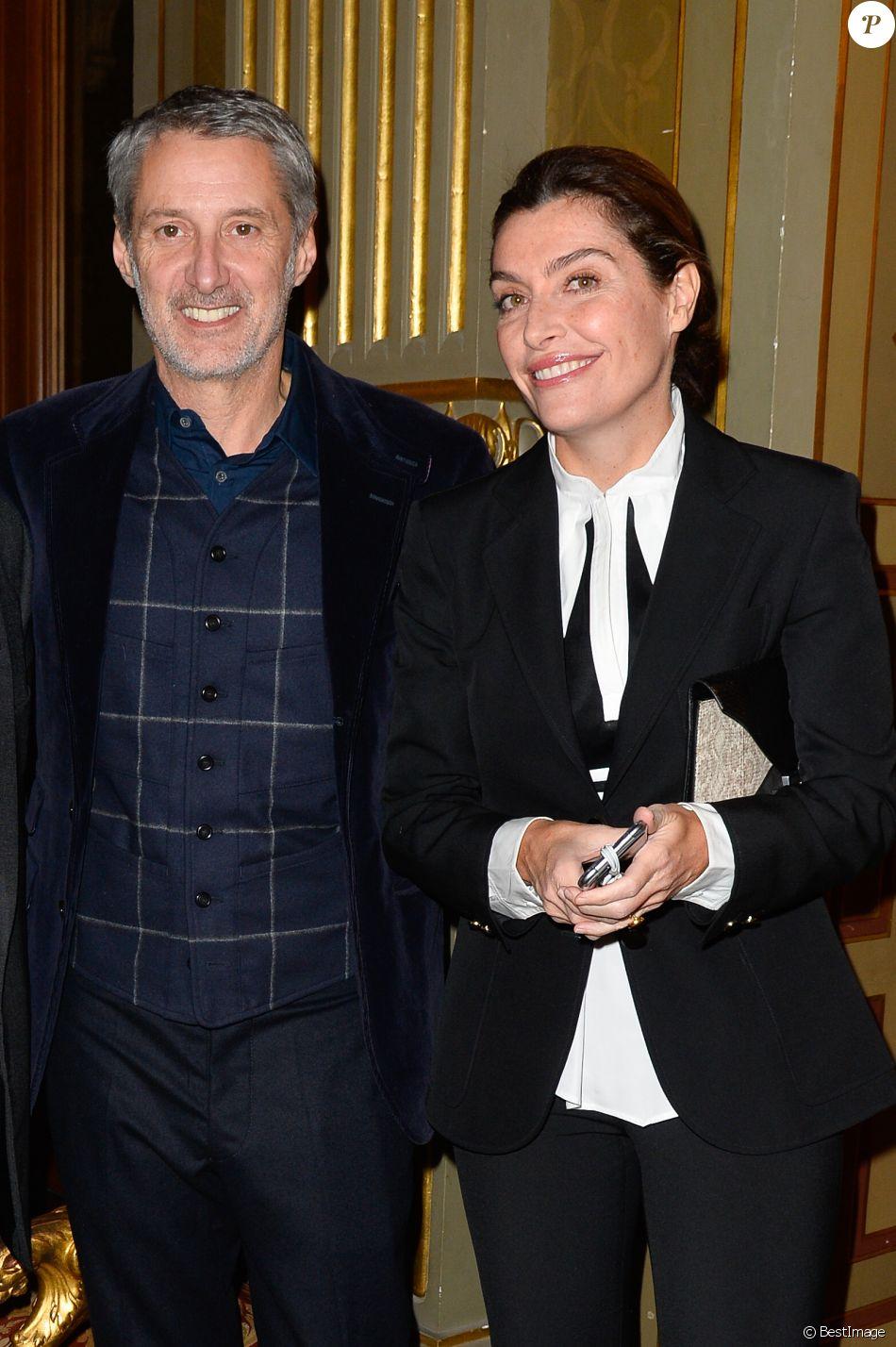 Exclusif - Antoine de Caunes et sa femme Daphné Roulier à la soirée des Distinctions de la FIDH (Fédération Internationale des Droits de l'Homme) à l'Hôtel de Ville à Paris, le 6 décembre 2016. © Guirec Coadic/Bestimage