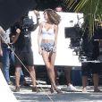 Josephine Skriver participe à un photoshoot pour Victoria's Secret près deMiami, le 13 décembre 2016.