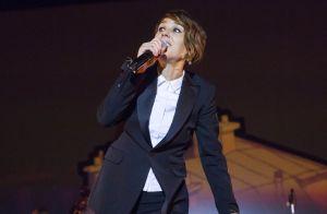 Zaz : La chanteuse dévoile un nouveau look chic et sobre