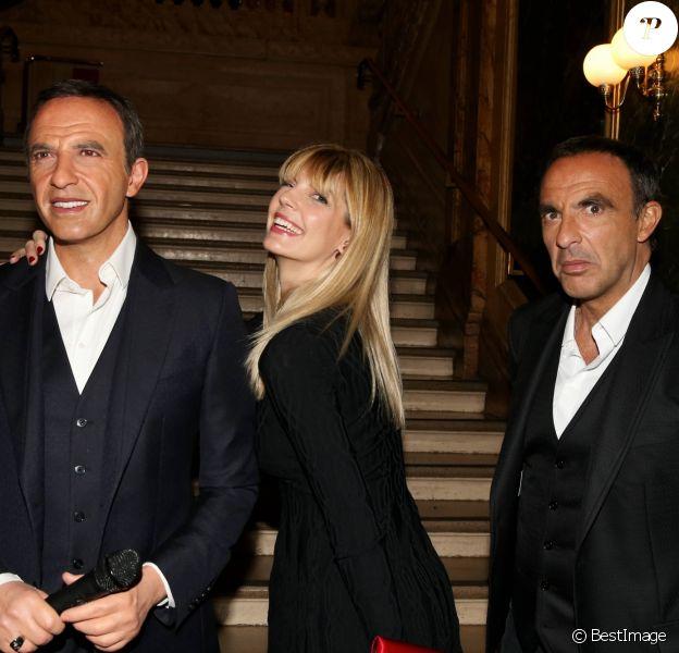 Nikos Aliagas avec sa compagne Tina Grigoriou lors de la réception organisée en l'honneur de son entrée au musée Grévin. Paris, le 7 décembre 2016.