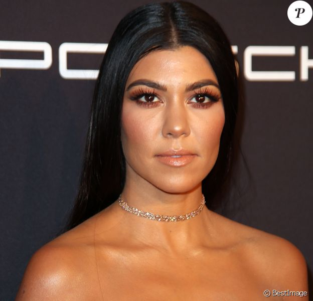 """Kourtney Kardashian - Gala 2016 """"Angel Ball hosted by Gabrielle's Angel Foundation for Cancer Research"""", qui honore, entre autres, Robert Kardashian, à New York, le 21 novembre 2016."""