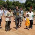 Le prince Harry en Guyane dans le cadre de son voyage aux Caraïbes visite le village de Surama le 3 décembre 2016