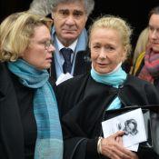 Brigitte Fossey soutenue par sa fille et son mari pour un ultime adieu à sa mère