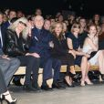 Betty Catroux, Pierre Bergé, Valérie Trierweiler, Anna Wintour, Jessica Chastain, Grace Coddington, Diane Von Furstenberg et Patrick Demarchelier - Défilé Saint Laurent à Paris le 1er octobre 2012.