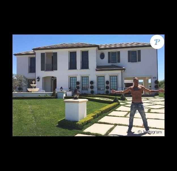 Jeremy Meeks devant sa propriété en Californie (28 septembre 2016).