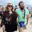 """La chanteuse Adele et son compagnon Simon Konecki - Festival Glastonbury 2015, le 28 juin 2015."""
