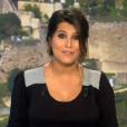 Karine Ferri affiche son ventre de plus en plus arrondi lors du tirage du Loto sur TF1. Le 19 octobre 2015.