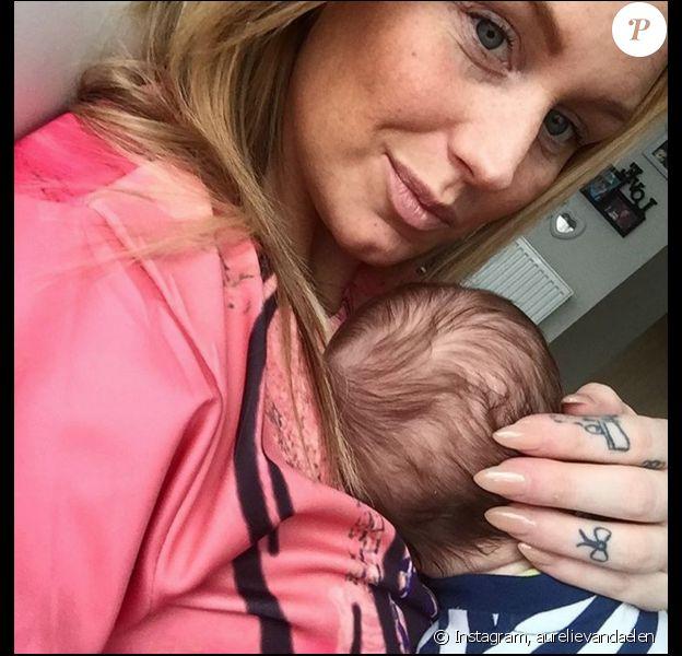 Aurélie Van Daelen et son adorable fils Pharell. Janvier 2016.