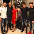 Zinedine Zidane fête la nouvelle année en famille. Photo postée par son fils Enzo sur Instagram le 1er janvier 2017.