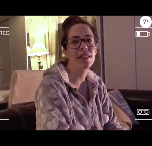 """Kim Glow lors de son interview pour """"En toute intimité"""" avec Sam Zirah, début janvier 2017."""