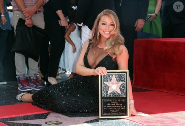 Mariah Carey reçoit son étoile sur le Walk of Fame à Hollywood, le 5 août 2015.