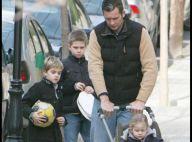 PHOTOS EXCLUSIVES : Quand la princesse Cristina d'Espagne et son mari emmènent leurs quatre enfants en promenade, c'est du sport !