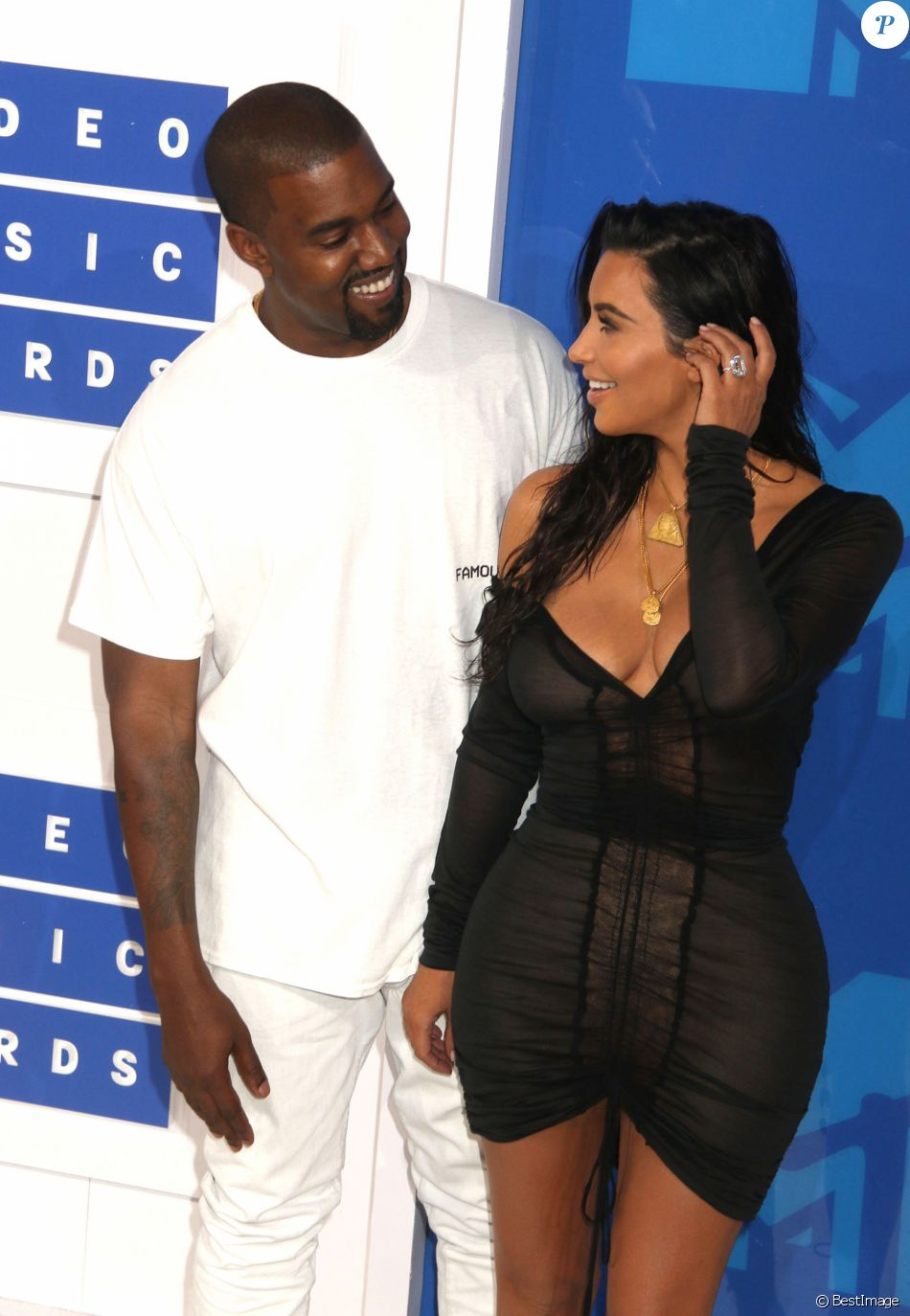 Kim Kardashian et son mari Kanye West lors des MTV Video Music Awards 2016 au Madison Square Garden à New York. Le 28 août 2016 © Nancy Kaszerman / Zuma Press / Bestimage
