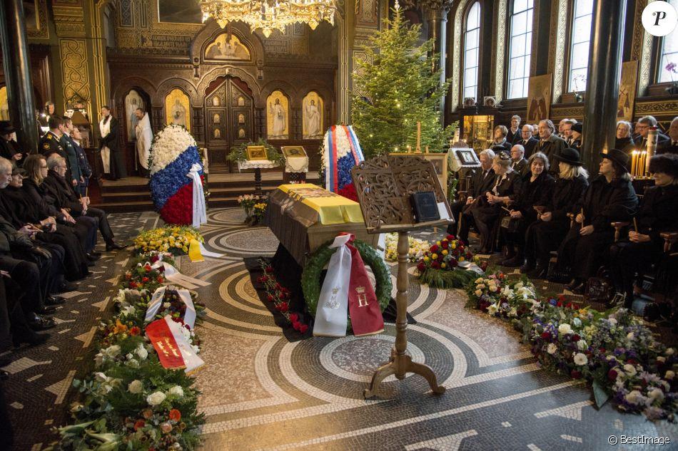 La famille Romanov célébrait le 10 janvier 2017 les funérailles du prince Dimitri Romanovitch de Russie, chef de la Maison, en l'église orthodoxe russe St Alexandre Nevsky à Copenhague.