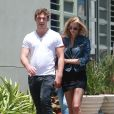 Exclusif - Alex Pettyfer et sa petite-amie Marloes Hors, peut-être enceinte, sont allés chez GameStop à Hollywood, le 26 mai 2014.