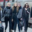 Yolanda, Gigi et Bella Hadid à Paris le 1er décembre 2016.
