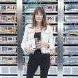 """Carla Bruni-Sarkozy au défilé de mode """"Chanel"""", collection prêt-à-porter Printemps-Eté 2017 au Grand Palais à Paris, le 4 octobre 2016. © Olivier Borde / Bestimage"""