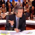 """Yann Barthès tacle sévèrement Cyrille Eldin dans """"Quotidien"""", le 23 janvier 2017 sur TMC."""